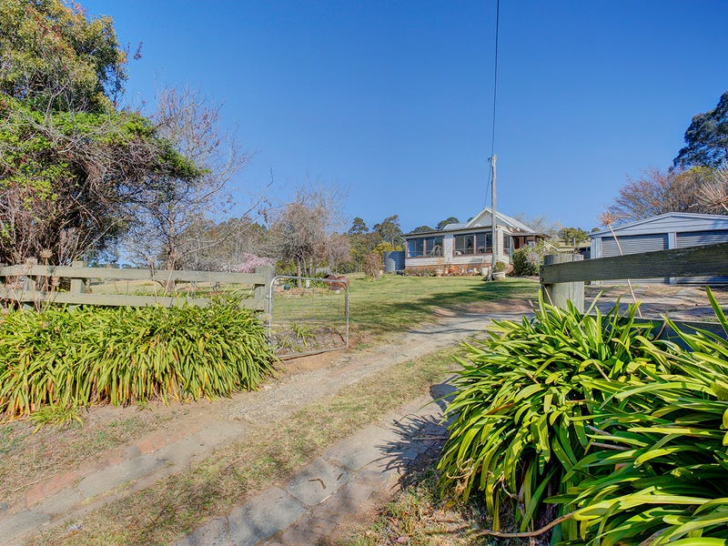 1990-2012 Kangaloon Road, East Kangaloon, NSW 2576