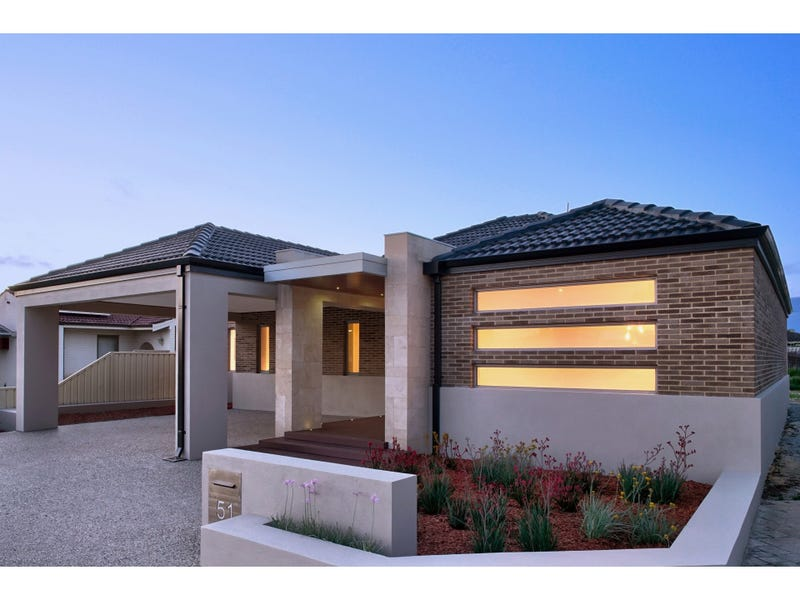 51 Lincoln Road, Morley