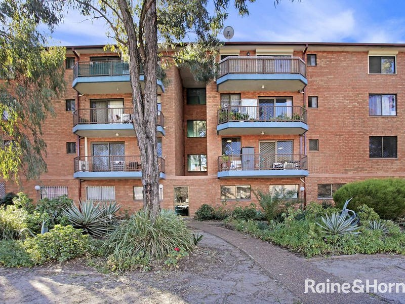 15/12-18 Equity Place, Canley Vale, NSW 2166