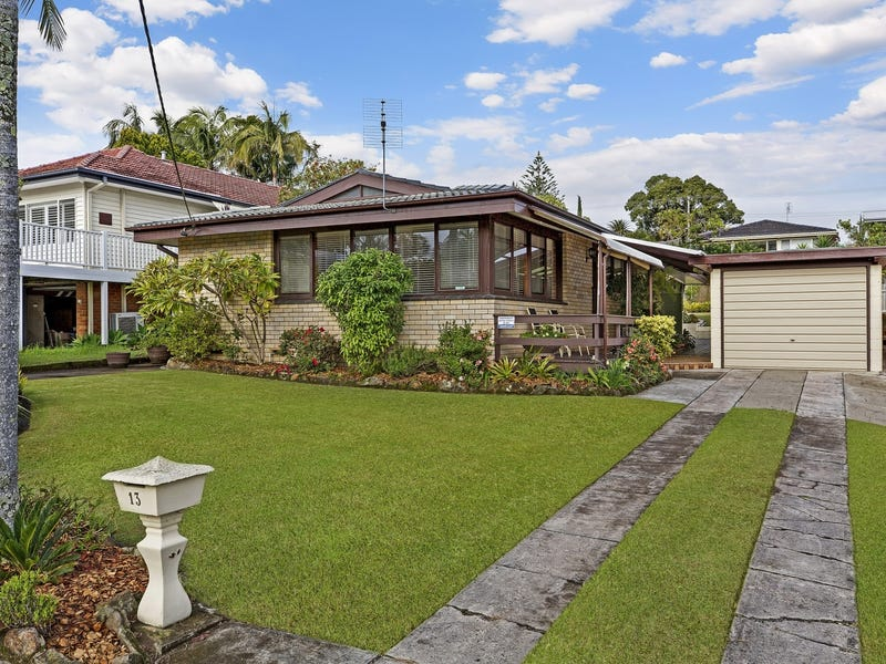 13 Asca Drive, Green Point, NSW 2251