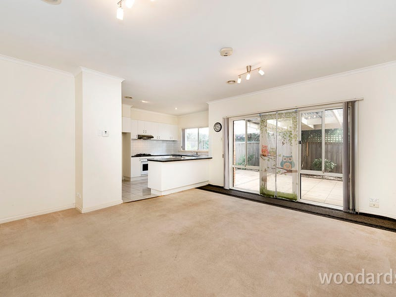 2/323 Thompsons Road, Templestowe Lower, Vic 3107