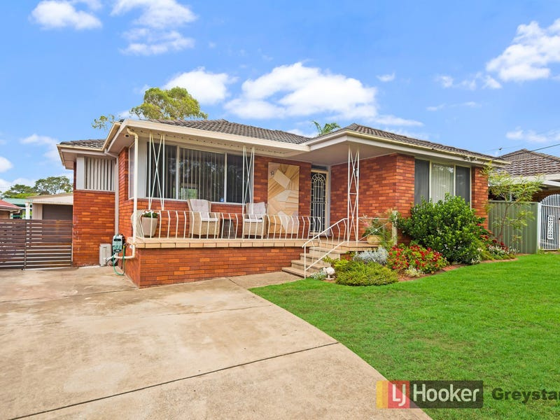 10 Grevillea Crescent, Greystanes, NSW 2145