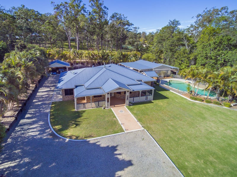 245 KROPP ROAD, Woodford