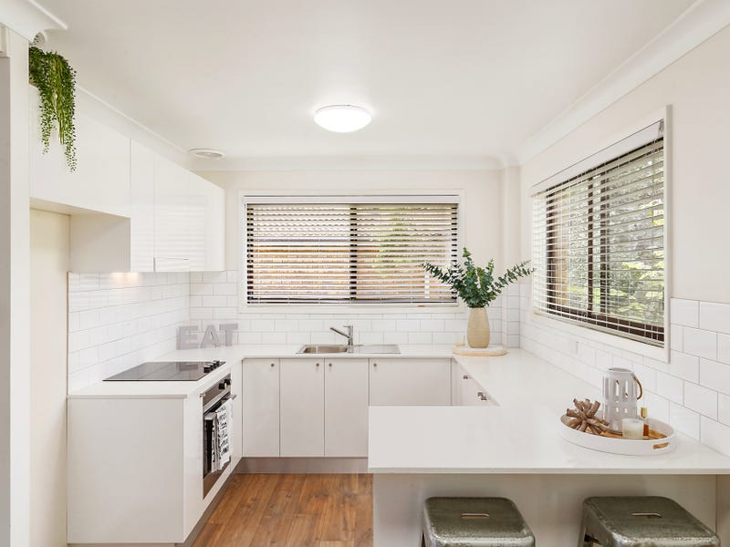 1/203 Albany Street, Point Frederick, NSW 2250