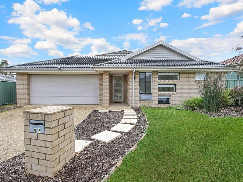 88 Featherstone Avenue, Glenroy, NSW 2640