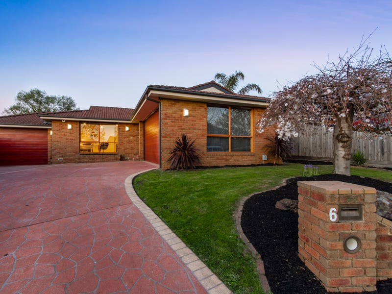 6 St Helena Place, Rowville, Vic 3178