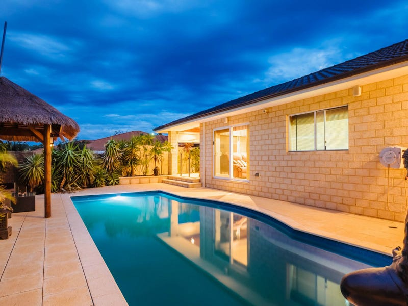 8 Collaroy Court, Kallaroo, WA 6025
