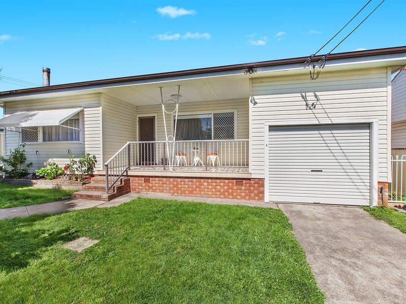 33 Holmes Avenue, Toukley, NSW 2263