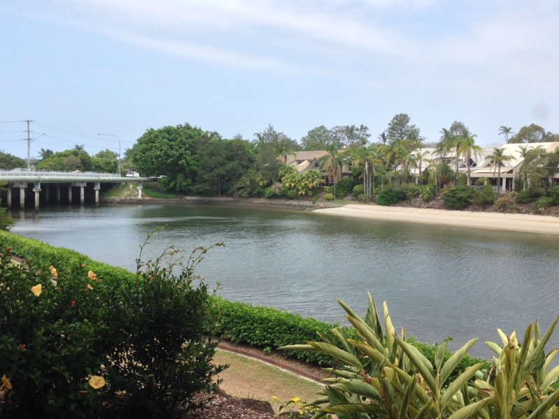 11/6 Lady Cilento Drive, Clear Island Waters, Qld 4226