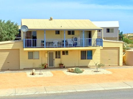 18 Sailfish Drive, Coral Bay, WA 6701