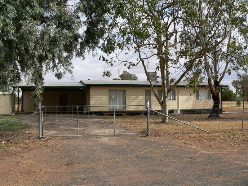 22 Macquarie Street, Bourke, NSW 2840