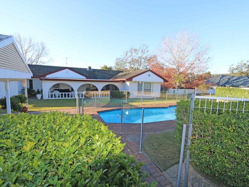 2744 Pacific Highway, Tyndale