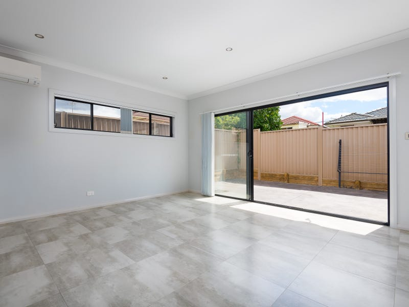 93B WYONG ST, Canley Heights, NSW 2166