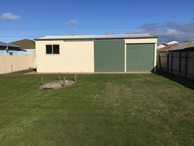 71 Church Street, Port Macdonnell, SA 5291