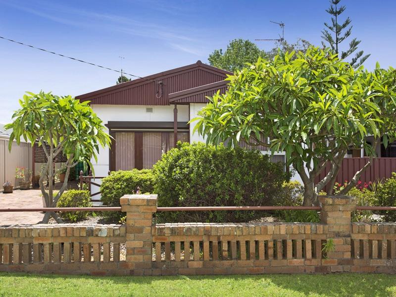 28 Parkes Street, Oak Flats, NSW 2529