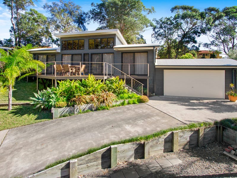 13 Aries Place, Narrawallee, NSW 2539