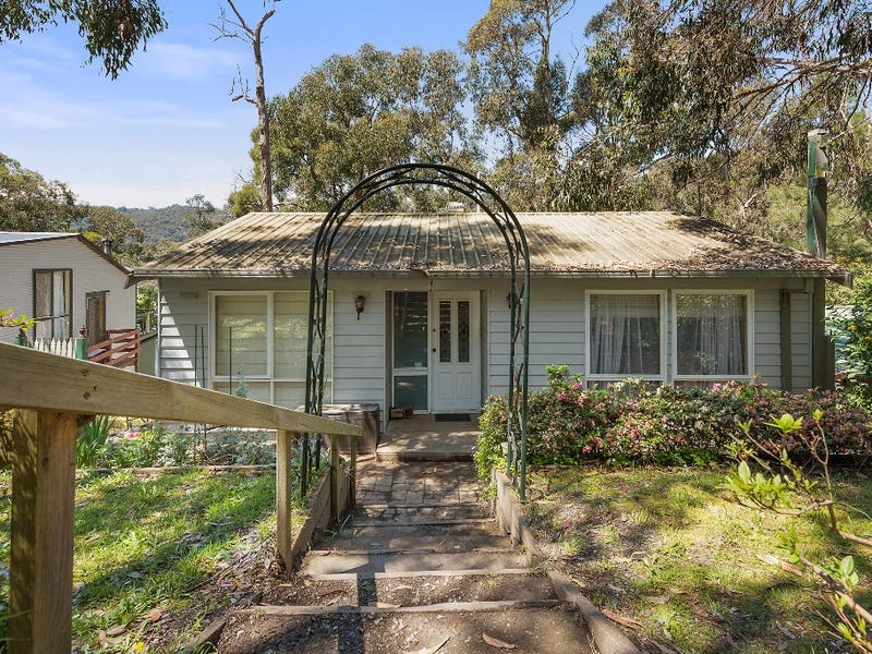 47 Government Road, The Basin, Vic 3154