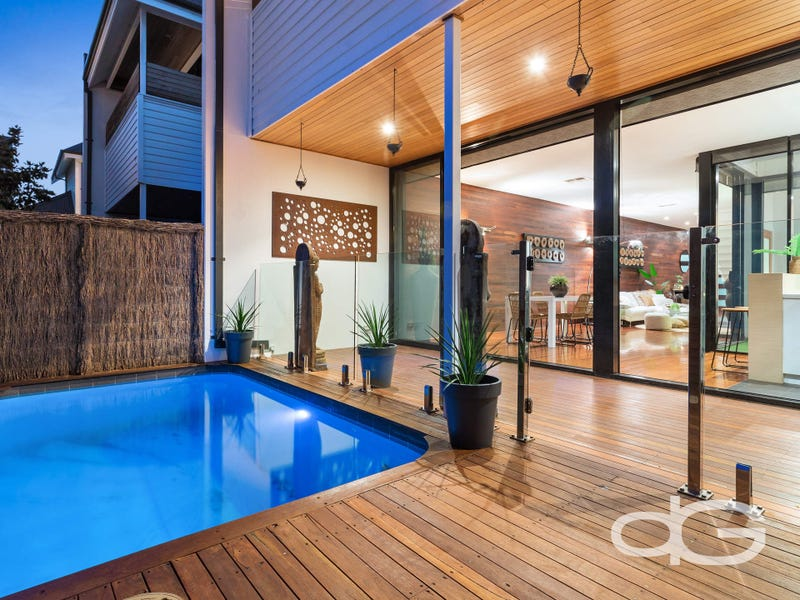 10 Heywood Lane, North Coogee, WA 6163