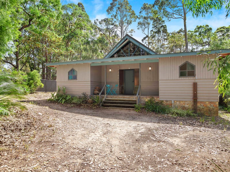 1 Connells Close, Mossy Point, NSW 2537
