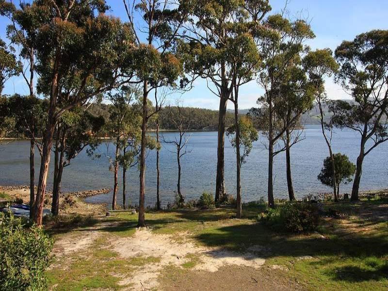 7 Sandrock Loop, Abels Bay, Tas 7112