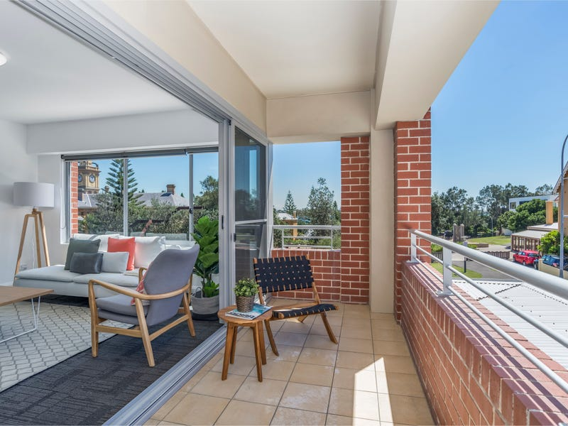 2/71 Scott Street, Newcastle, NSW 2300