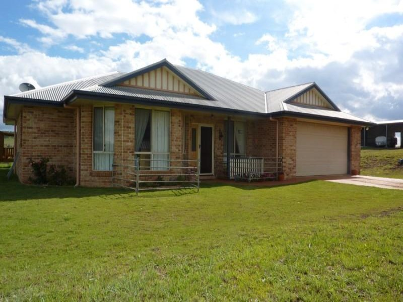 17 Reuchle Road, Toowoomba City, Qld 4350