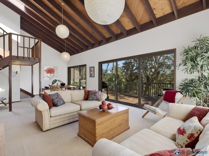 110 Lake Shore Drive, North Avoca, NSW 2260