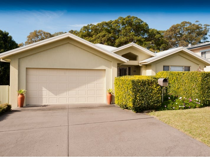 9 Glen Court, Black Head, NSW 2430