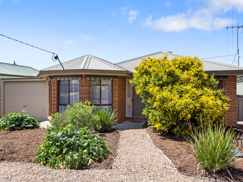 31 MacDougall Road, Golden Square, Vic 3555