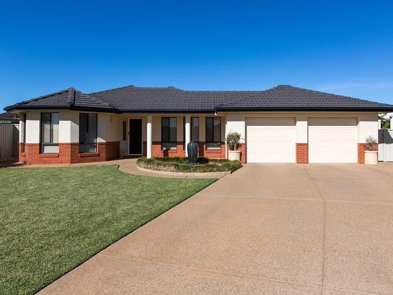 16 Walla Place, Glenfield Park, NSW 2650