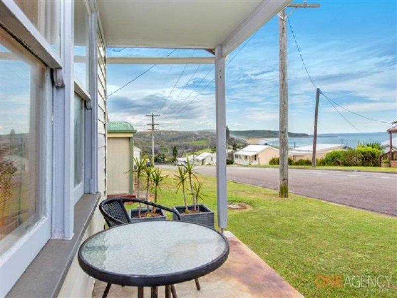 16 Clarke Street, Catherine Hill Bay, NSW 2281