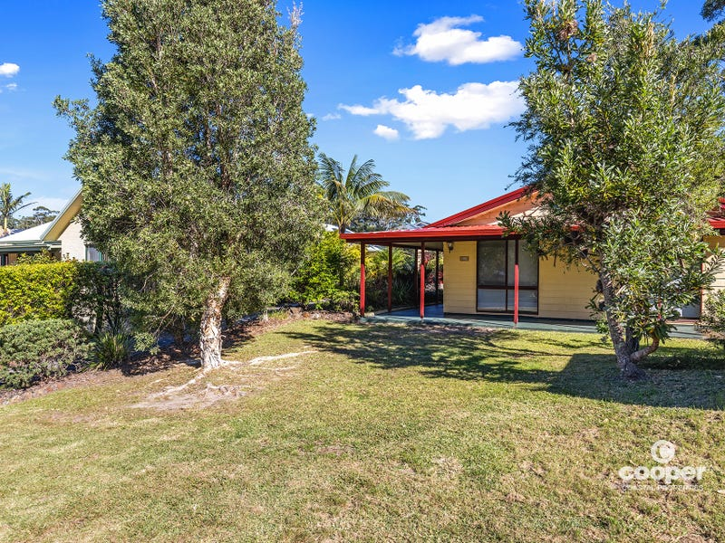 115 Leo Drive, Narrawallee, NSW 2539