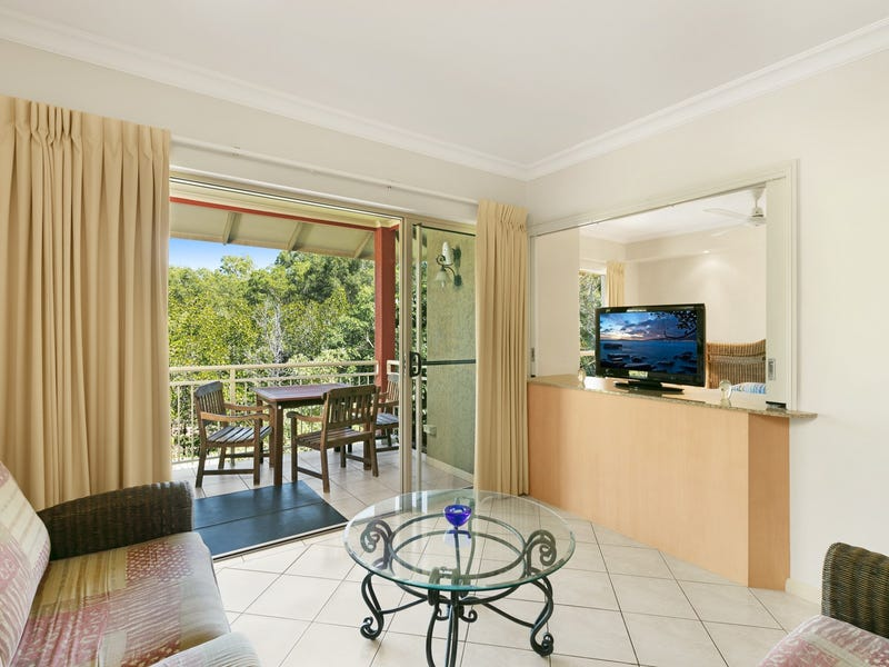 1127/2 Greenslopes Street, Cairns North, Qld 4870