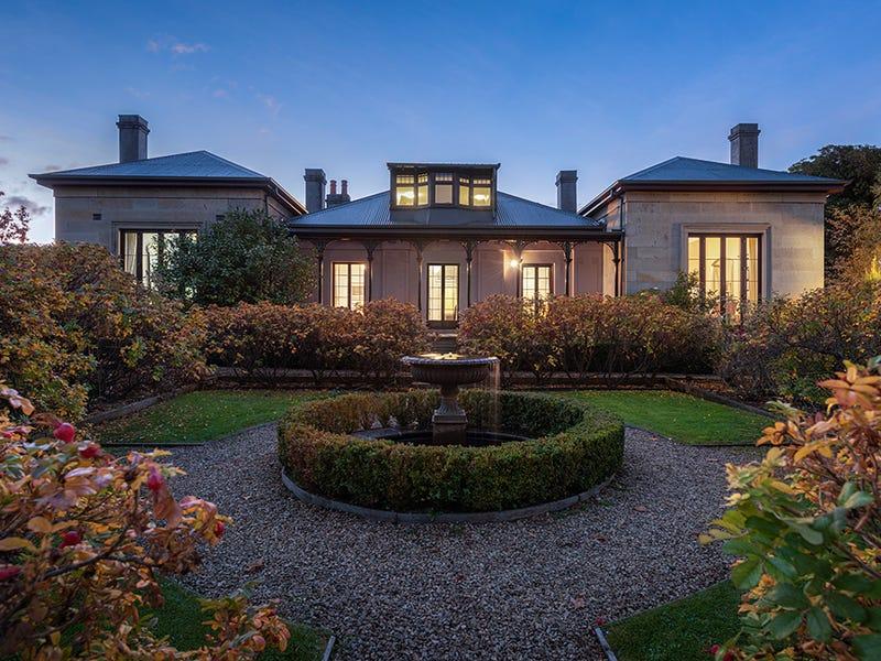 65 Fitzroy Crescent, South Hobart, Tas 7004