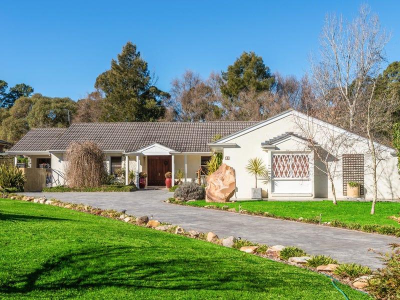 5 James Taunton Drive, Moss Vale, NSW 2577