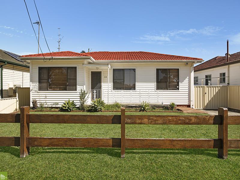 58 Cawley Street, Bellambi, NSW 2518