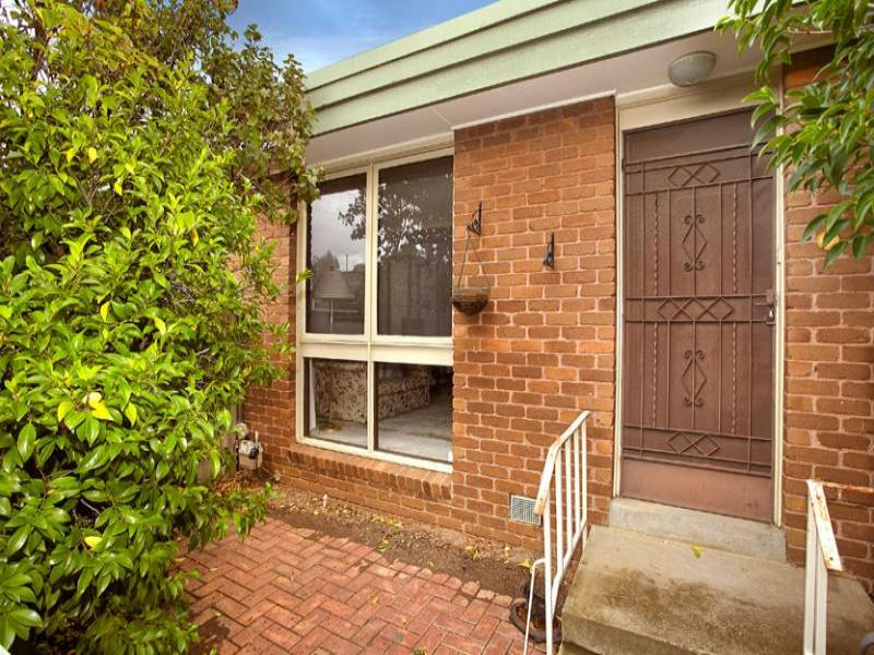 3/1 Gracedale Court, Strathmore, Vic 3041