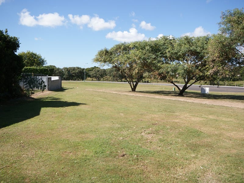 8 Rosewood Place (Runs off Parkview Terrace), Bundaberg North