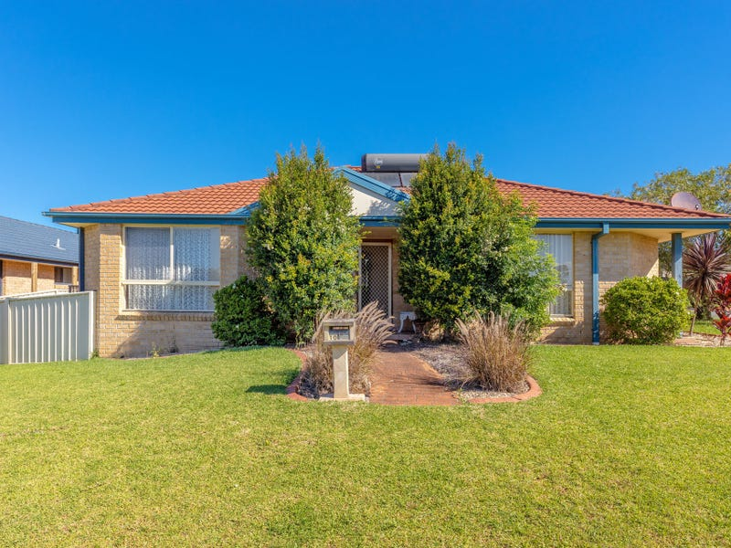 1/10 Mistral Place, Old Bar, NSW 2430