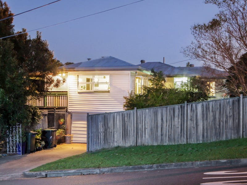93 Trouts Road, Everton Park, Qld 4053