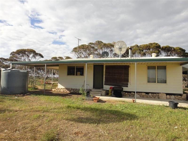 1842 Halfway House Road, Sedan, SA 5353