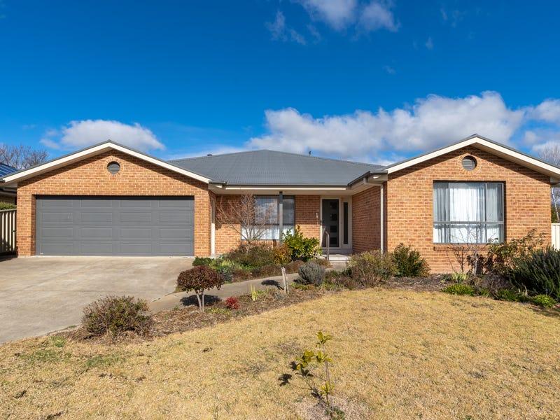 7 Hunt Place, Blayney, NSW 2799