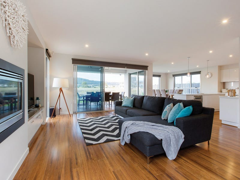 25 Sovereign Point, Safety Beach, Vic 3936