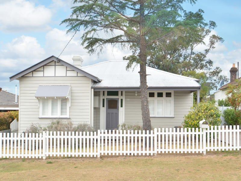 28 Buckland Ave, Cessnock, NSW 2325