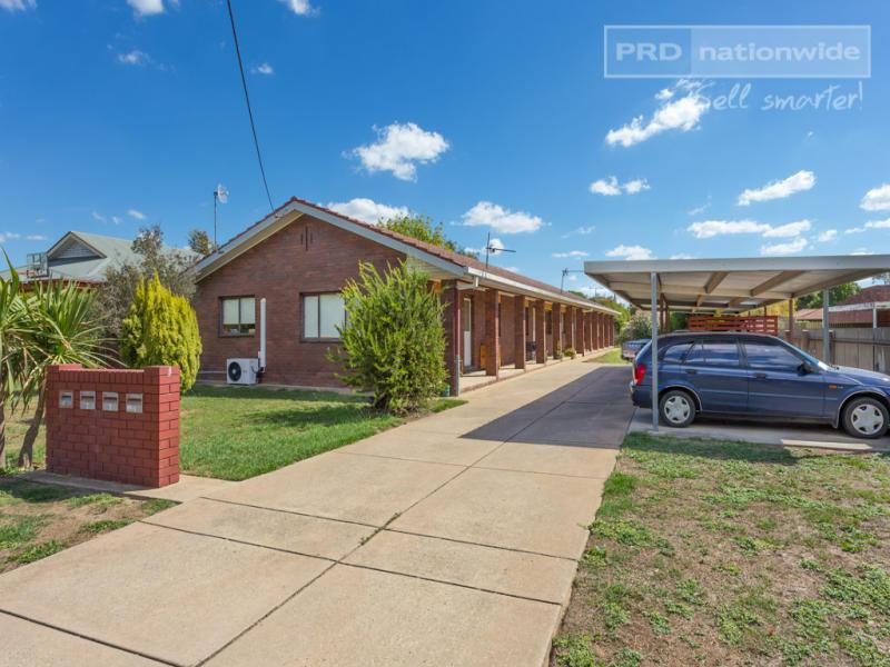 Units 1-4/2A Rowe Street, Lake Albert, NSW 2650
