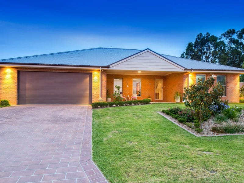 7 Bolger Court, Thurgoona, NSW 2640