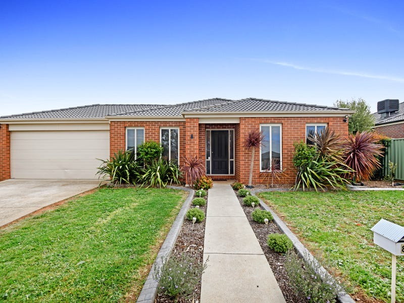 84 Waterford Drive, Miners Rest, Vic 3352