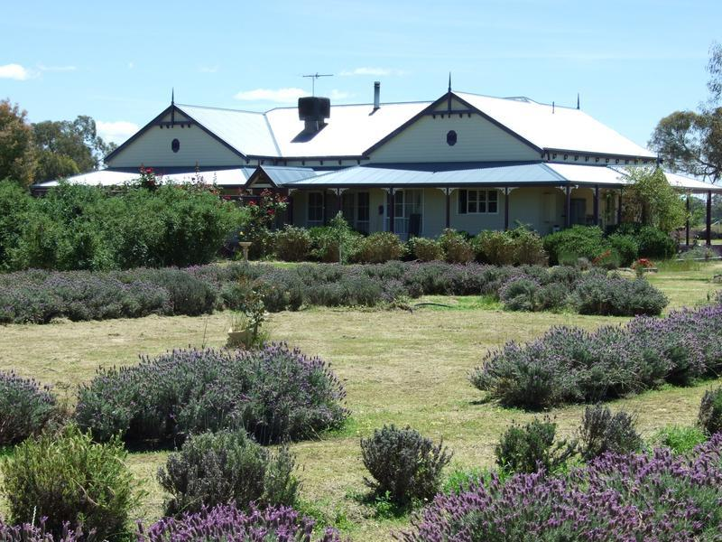 Address available on request, Oxley, Vic 3678