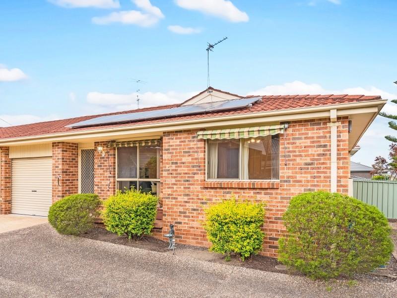 2/49 Balgownie Road, Balgownie, NSW 2519