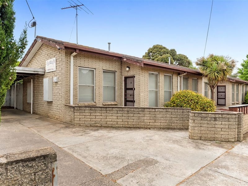 2A Staverly Road, Herne Hill, Vic 3218